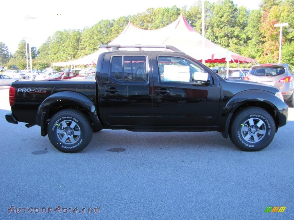 2011 nissan frontier pro 4x crew cab 4x4 in super black photo 6 407052 autos of asia. Black Bedroom Furniture Sets. Home Design Ideas