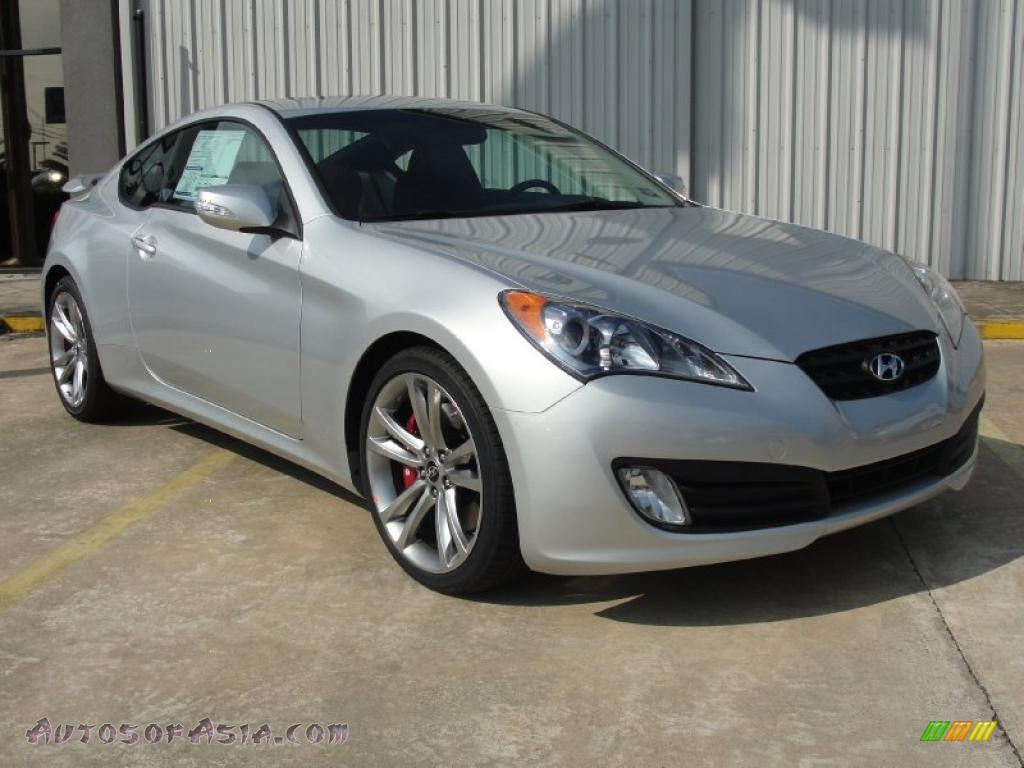 2011 hyundai genesis coupe 3 8 track in silverstone 050293 autos of asia japanese and. Black Bedroom Furniture Sets. Home Design Ideas