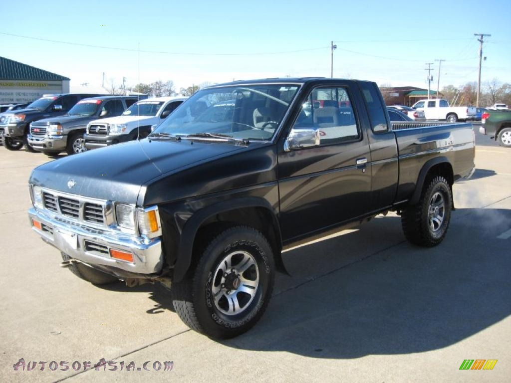 1997 nissan hardbody truck se extended cab 4x4 in super black photo 3 343527 autos of asia. Black Bedroom Furniture Sets. Home Design Ideas