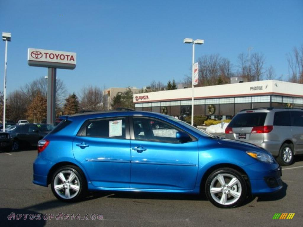 2010 Toyota Matrix S Awd In Blue Streak Metallic 017720