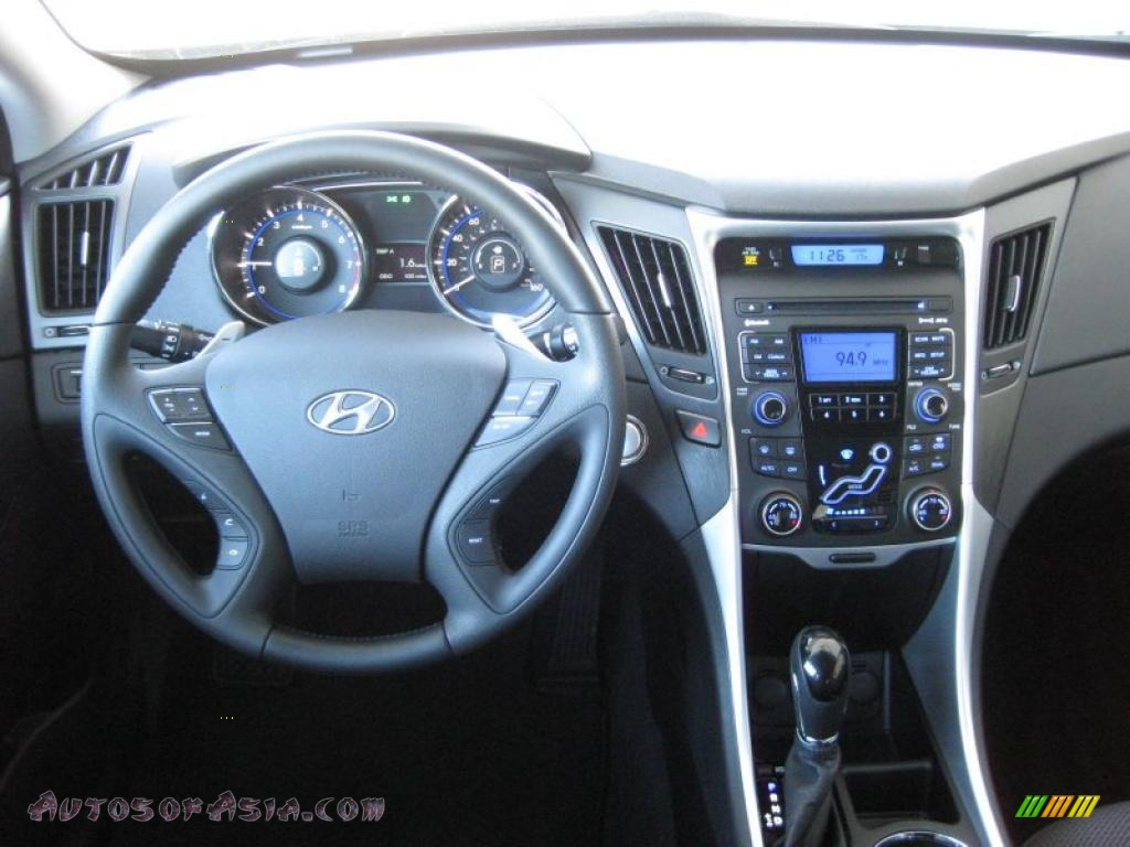 2011 Hyundai Sonata Se 2 0t In Pearl White Photo 24 217573 Autos Of Asia Japanese And