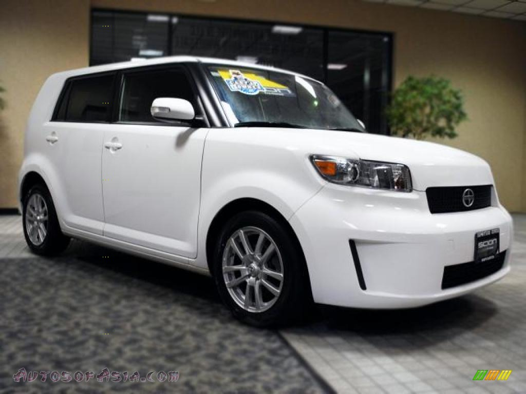 2009 Scion Xb In Super White 070999 Autos Of Asia
