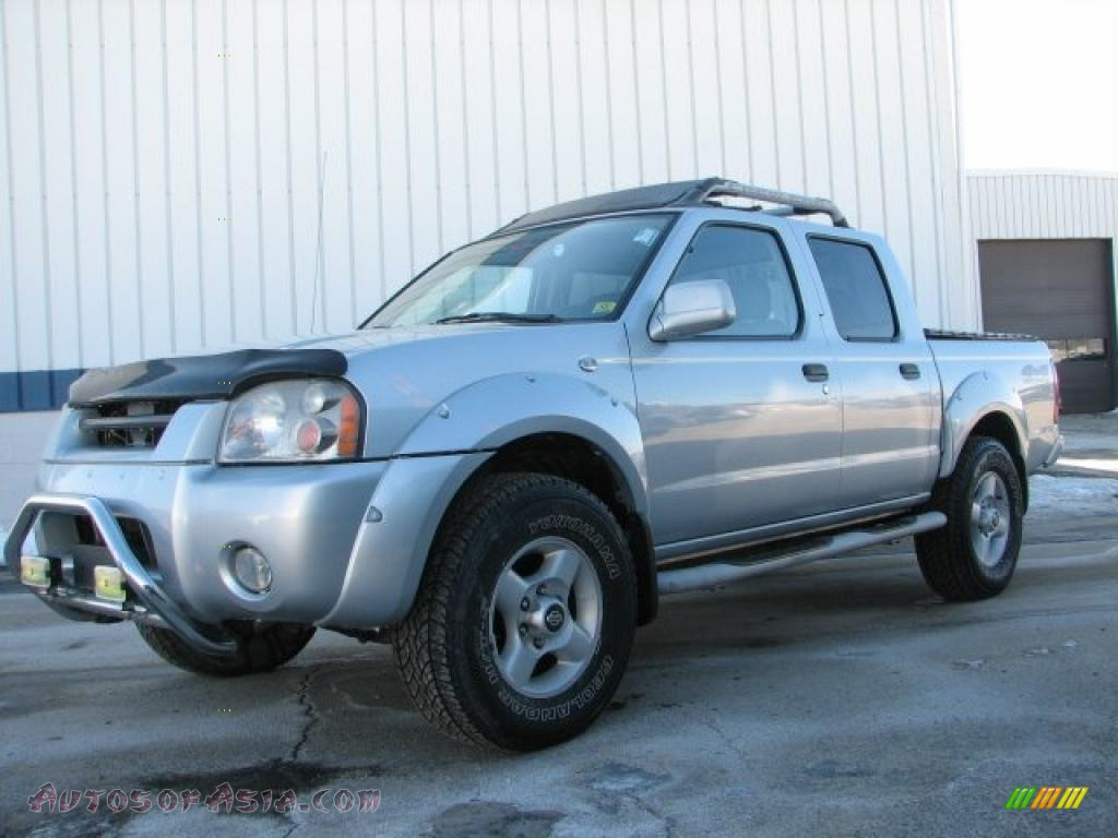 2001 nissan frontier xe v6 crew cab 4x4 in silver ice metallic 346489 autos of asia. Black Bedroom Furniture Sets. Home Design Ideas