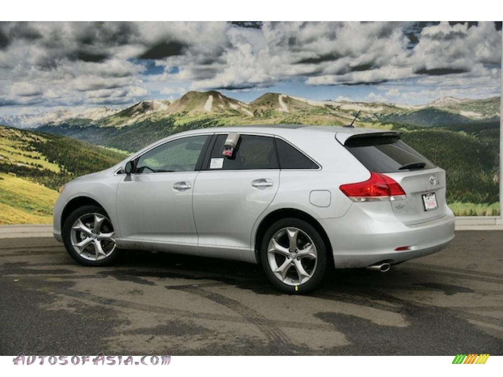 2011 toyota venza v6 awd in classic silver metallic photo. Black Bedroom Furniture Sets. Home Design Ideas