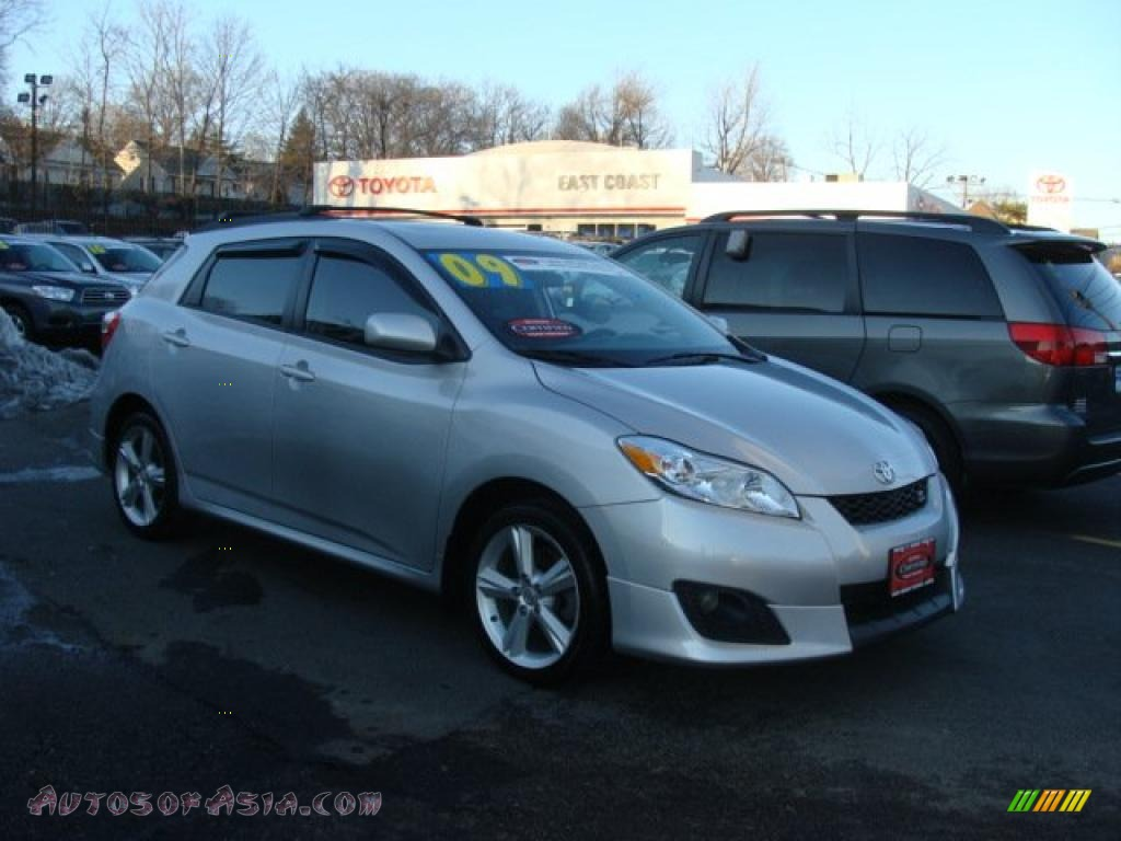 2009 toyota matrix s awd in classic silver metallic 006159 autos of asia japanese and