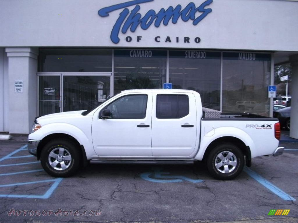 2010 nissan frontier pro 4x crew cab 4x4 in avalanche white 441392 autos of asia japanese. Black Bedroom Furniture Sets. Home Design Ideas