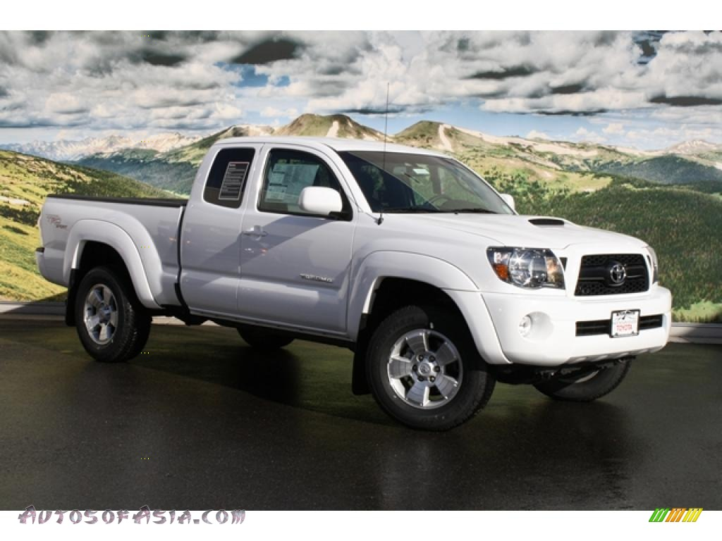 2011 toyota tacoma v6 trd sport access cab 4x4 in super white 005163 autos of asia. Black Bedroom Furniture Sets. Home Design Ideas