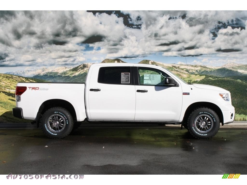2011 toyota tundra trd rock warrior crewmax 4x4 in super white photo 2 185695 autos of asia. Black Bedroom Furniture Sets. Home Design Ideas