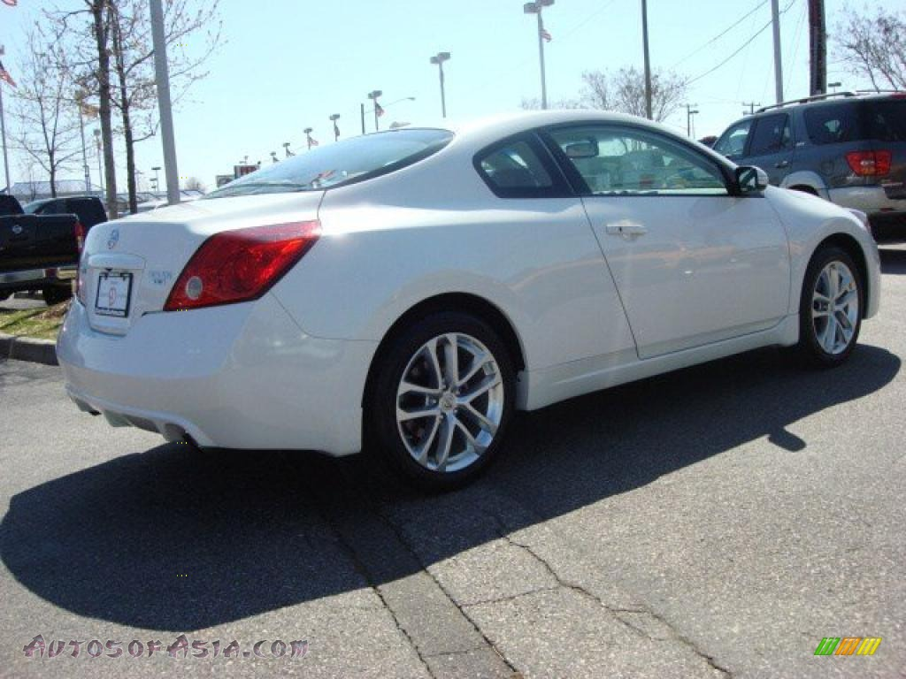 2011 nissan altima 3 5 sr coupe in winter frost white photo 4 100175 autos of asia. Black Bedroom Furniture Sets. Home Design Ideas