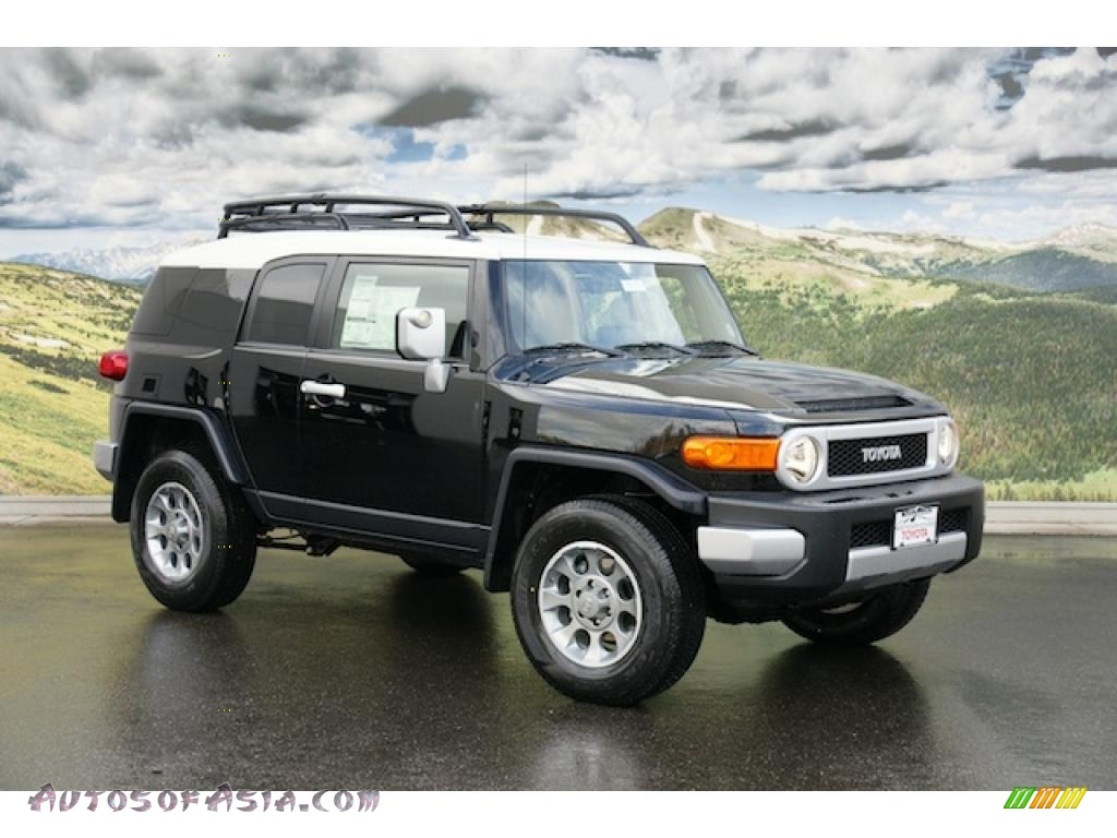 2011 Toyota Fj Cruiser 4wd In Black 104032 Autos Of