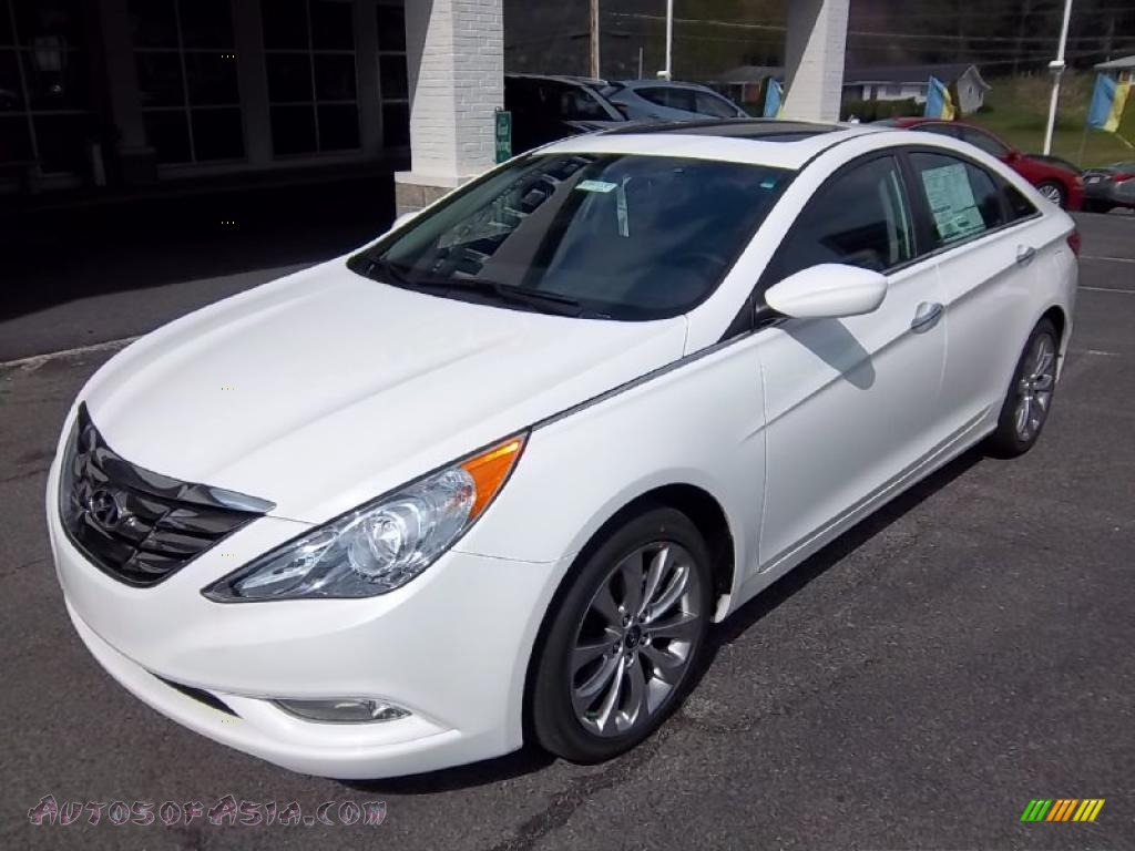 2011 Hyundai Sonata Se 2 0t In Pearl White Photo 2 268677 Autos Of Asia Japanese And