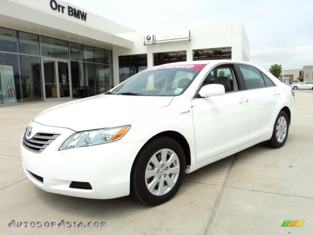 2009 toyota camry hybrid in super white 089215 autos of asia japanese and korean cars for. Black Bedroom Furniture Sets. Home Design Ideas