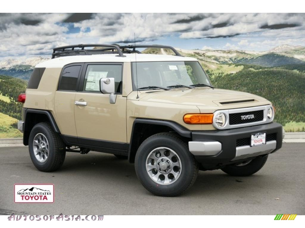2011 Toyota FJ Cruiser 4WD in Quicksand - 110326 | Autos of Asia ...