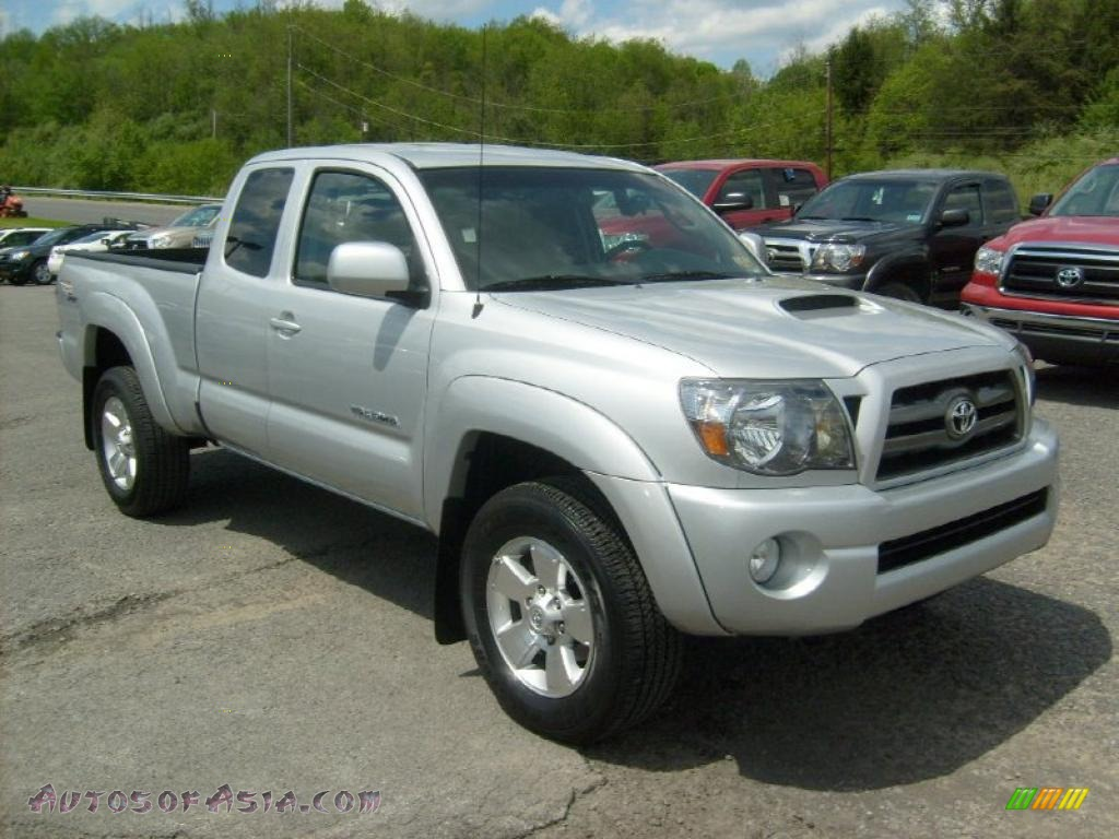 2010 toyota tacoma v6 sr5 trd sport access cab 4x4 in silver streak mica 745248 autos of. Black Bedroom Furniture Sets. Home Design Ideas