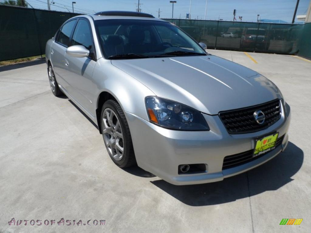 2006 nissan altima 3 5 se r in sheer silver metallic. Black Bedroom Furniture Sets. Home Design Ideas