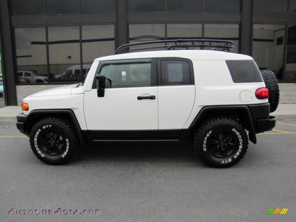 2008 FJ Cruiser Trail Teams Special Edition 4WD - Iceberg White / Dark Charcoal photo #2