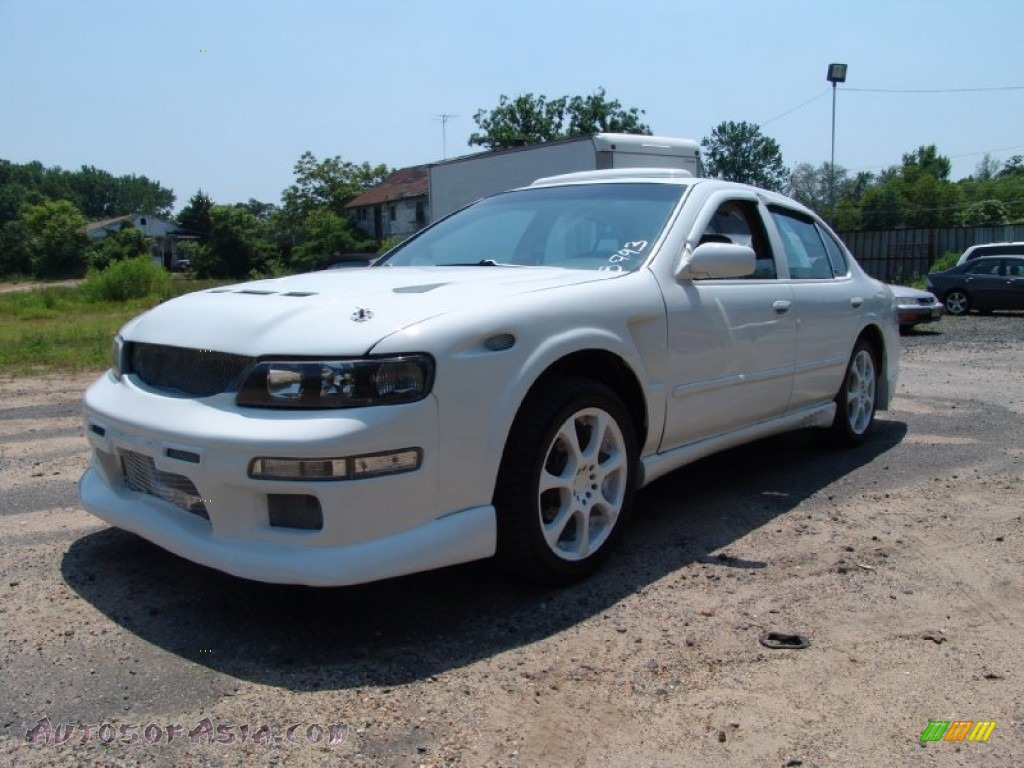 1998 nissan maxima gxe in arctic white pearl metallic. Black Bedroom Furniture Sets. Home Design Ideas