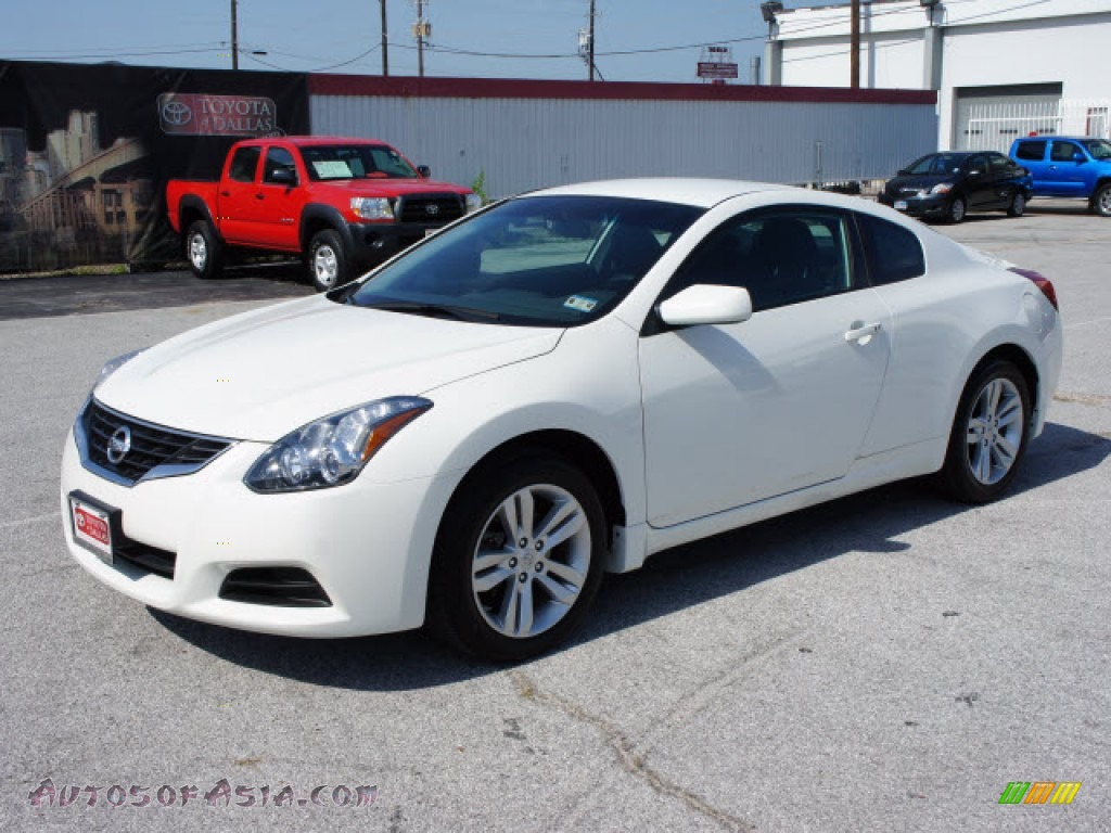2010 nissan altima 2 5 s coupe in winter frost white 119167 autos of asia japanese and. Black Bedroom Furniture Sets. Home Design Ideas