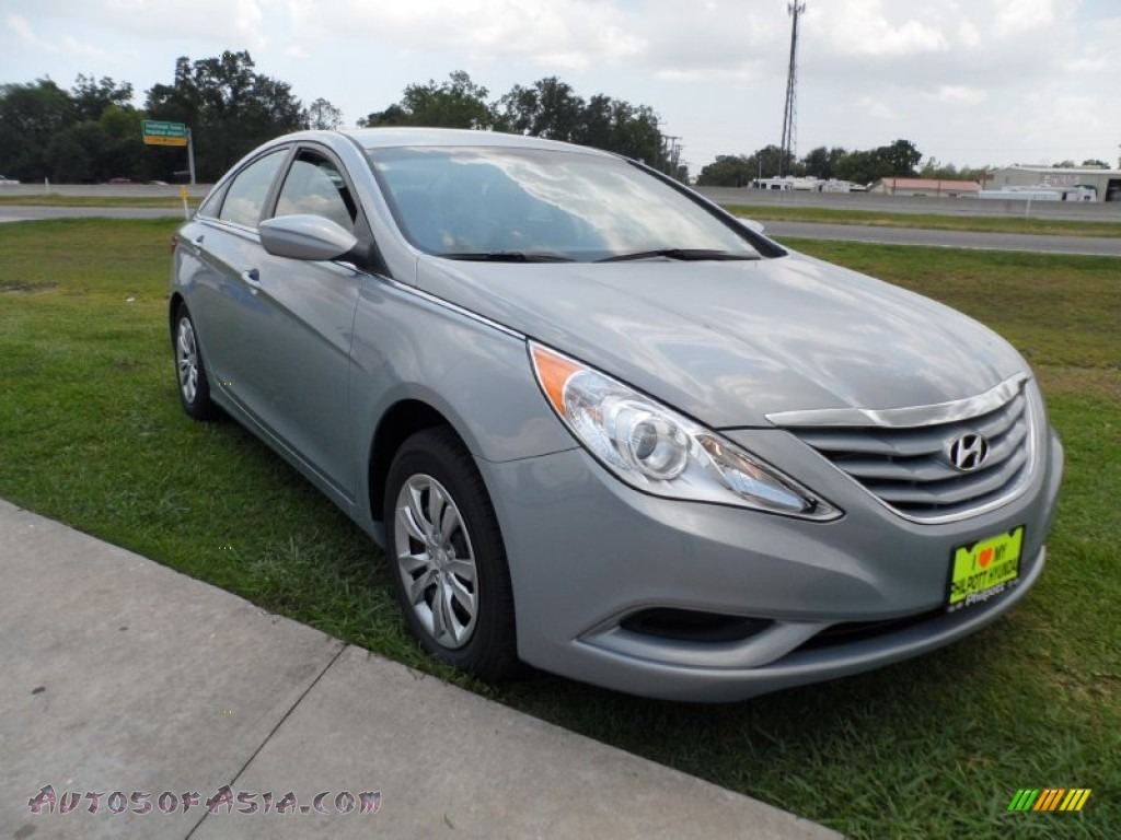 2012 hyundai sonata gls in iridescent silver blue pearl 314570. Black Bedroom Furniture Sets. Home Design Ideas