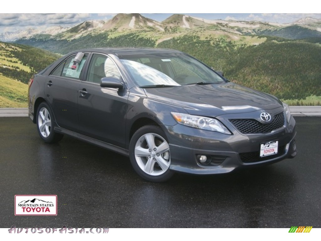 2011 toyota camry se v6 in magnetic gray metallic 131762 autos of asia japanese and korean. Black Bedroom Furniture Sets. Home Design Ideas