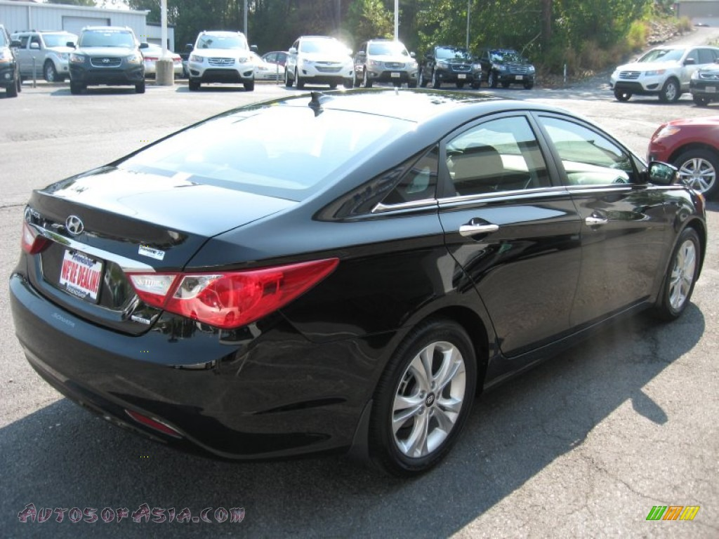 2012 hyundai sonata limited in midnight black photo 6 342426 autos of asia japanese and. Black Bedroom Furniture Sets. Home Design Ideas