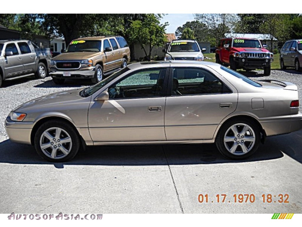 1998 toyota camry xle v6 in cashmere beige metallic. Black Bedroom Furniture Sets. Home Design Ideas