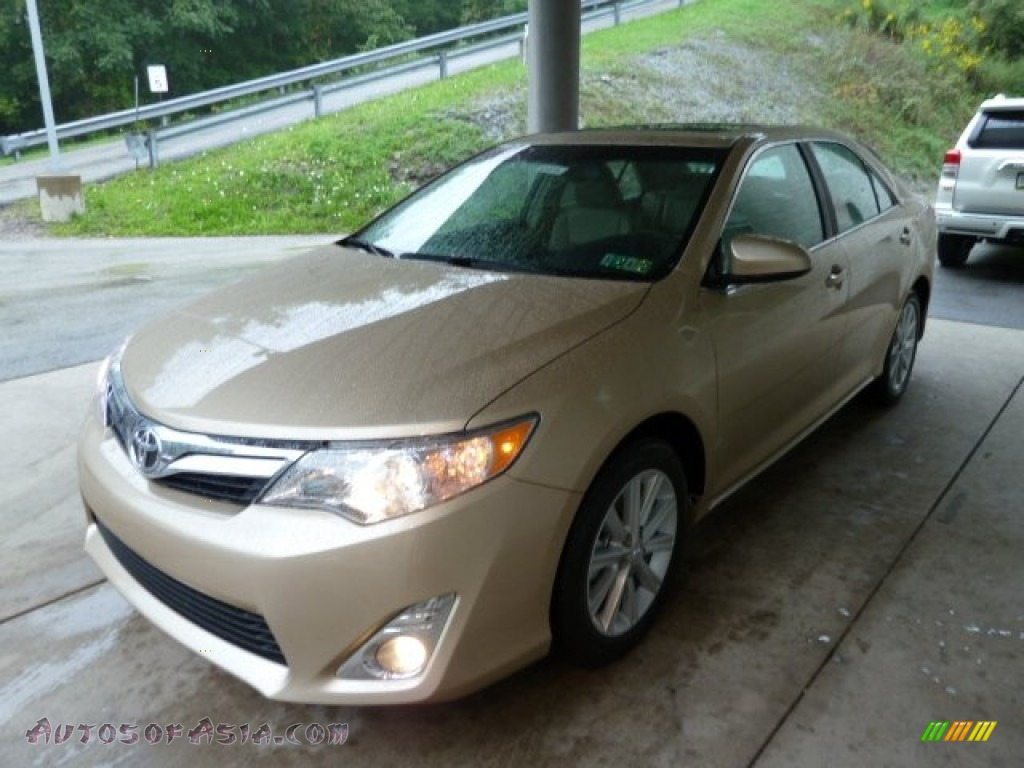2012 toyota camry xle v6 in sandy beach metallic photo 5 001105 autos of asia japanese. Black Bedroom Furniture Sets. Home Design Ideas