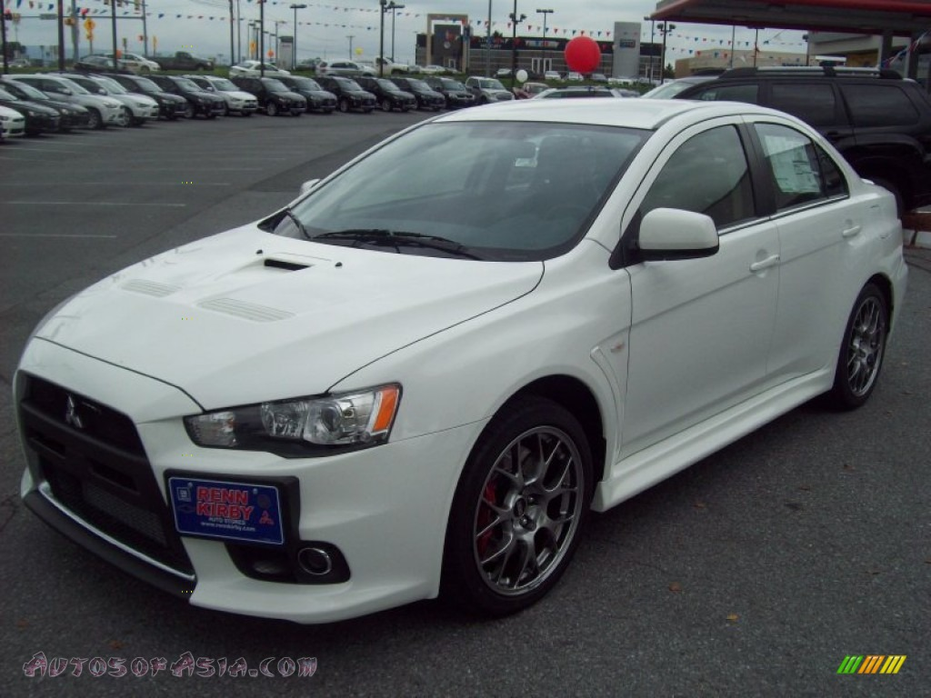 2011 mitsubishi lancer evolution mr in wicked white 043832 autos of asia japanese and. Black Bedroom Furniture Sets. Home Design Ideas
