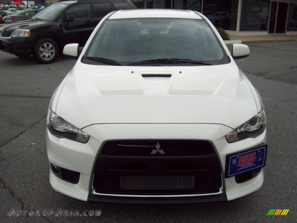2011 mitsubishi lancer evolution mr in wicked white photo 8 043832 autos of asia japanese. Black Bedroom Furniture Sets. Home Design Ideas