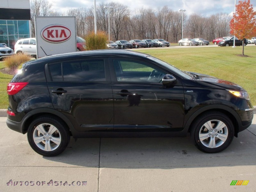 2012 kia sportage lx awd in black cherry photo 3 222388 autos of asia japanese and korean. Black Bedroom Furniture Sets. Home Design Ideas