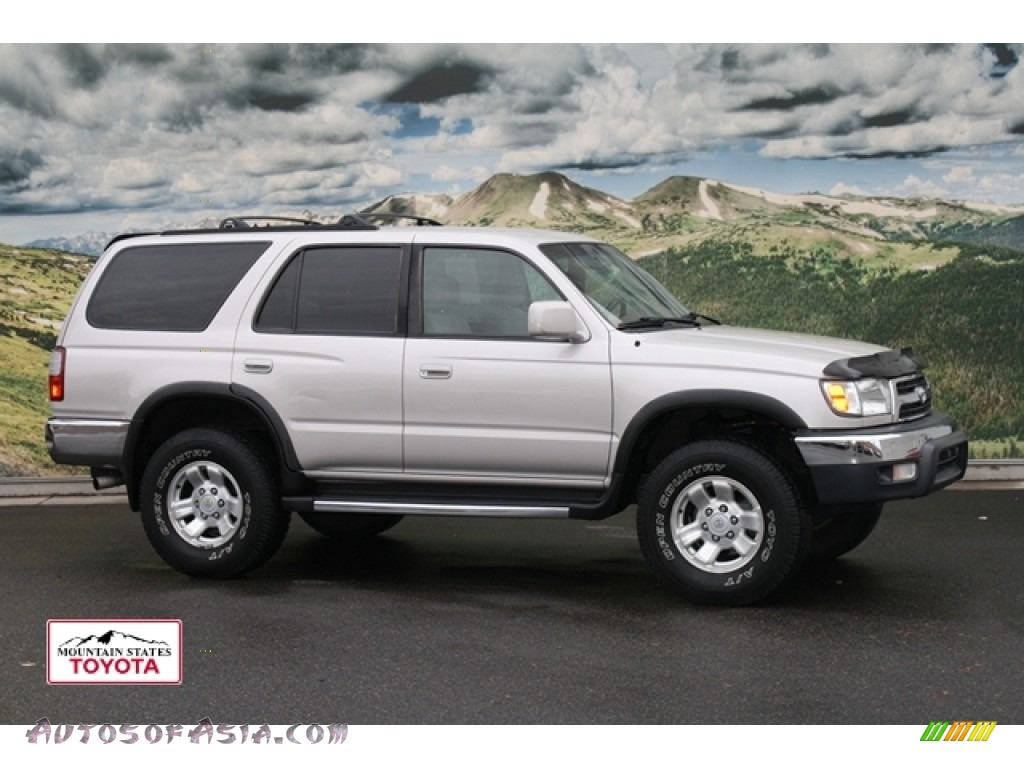 1999 toyota 4runner sr5 4x4 in desert dune metallic