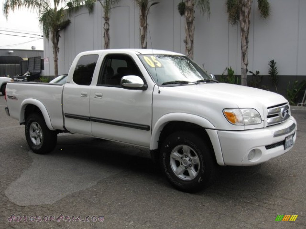 2005 toyota tundra sr5 trd access cab 4x4 in natural white 470693 autos of asia japanese. Black Bedroom Furniture Sets. Home Design Ideas
