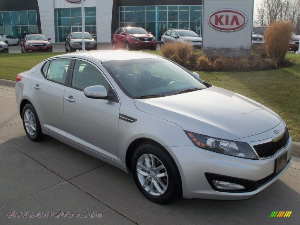 2012 kia optima lx in bright silver 025488 autos of asia japanese and korean cars for sale. Black Bedroom Furniture Sets. Home Design Ideas
