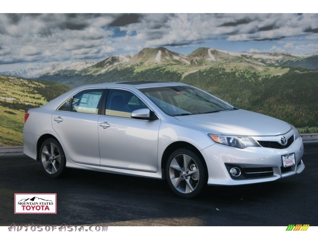 2012 toyota camry se v6 in classic silver metallic 002026 autos of asia japanese and. Black Bedroom Furniture Sets. Home Design Ideas