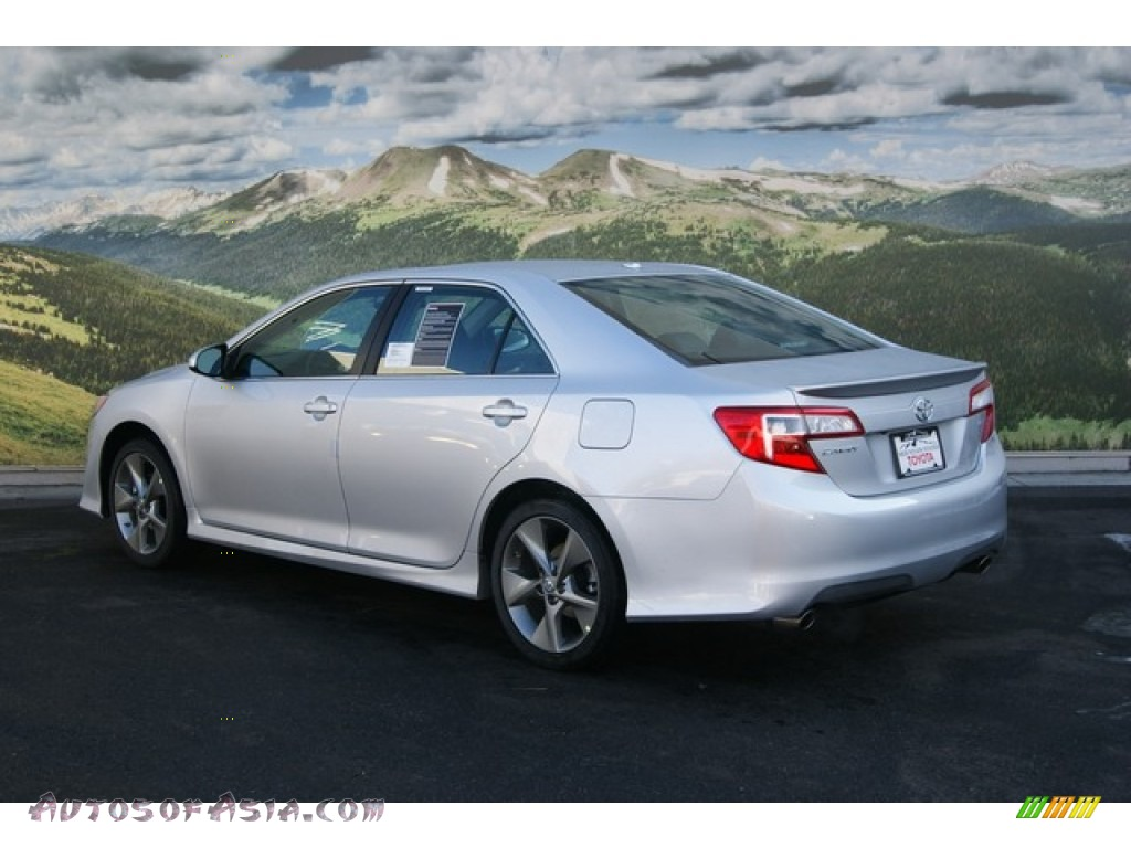 2012 toyota camry se v6 in classic silver metallic photo 3 002026 autos of asia japanese. Black Bedroom Furniture Sets. Home Design Ideas