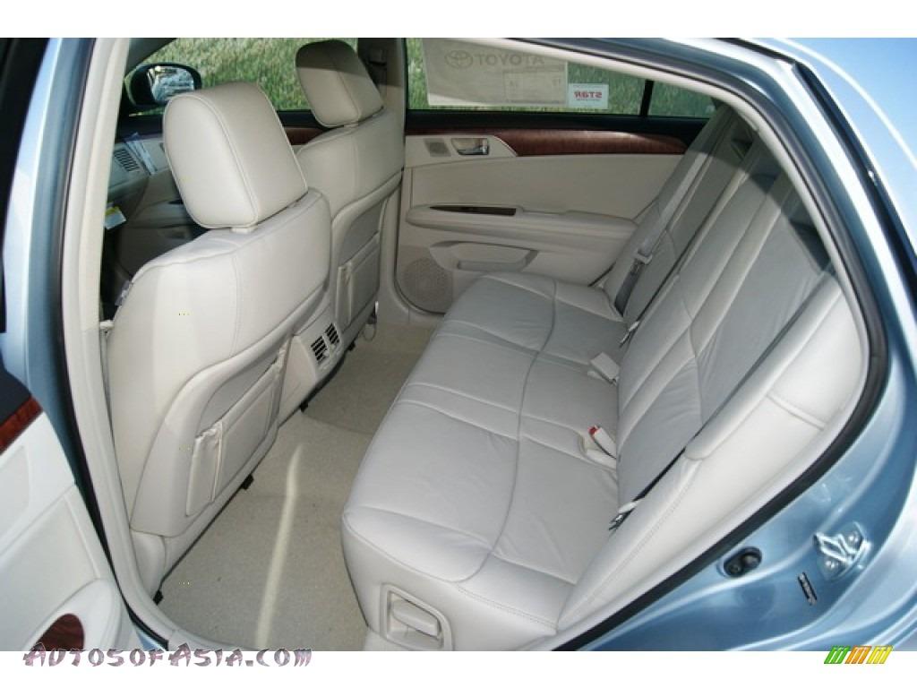 2012 Toyota Avalon In Zephyr Blue Metallic Photo 8