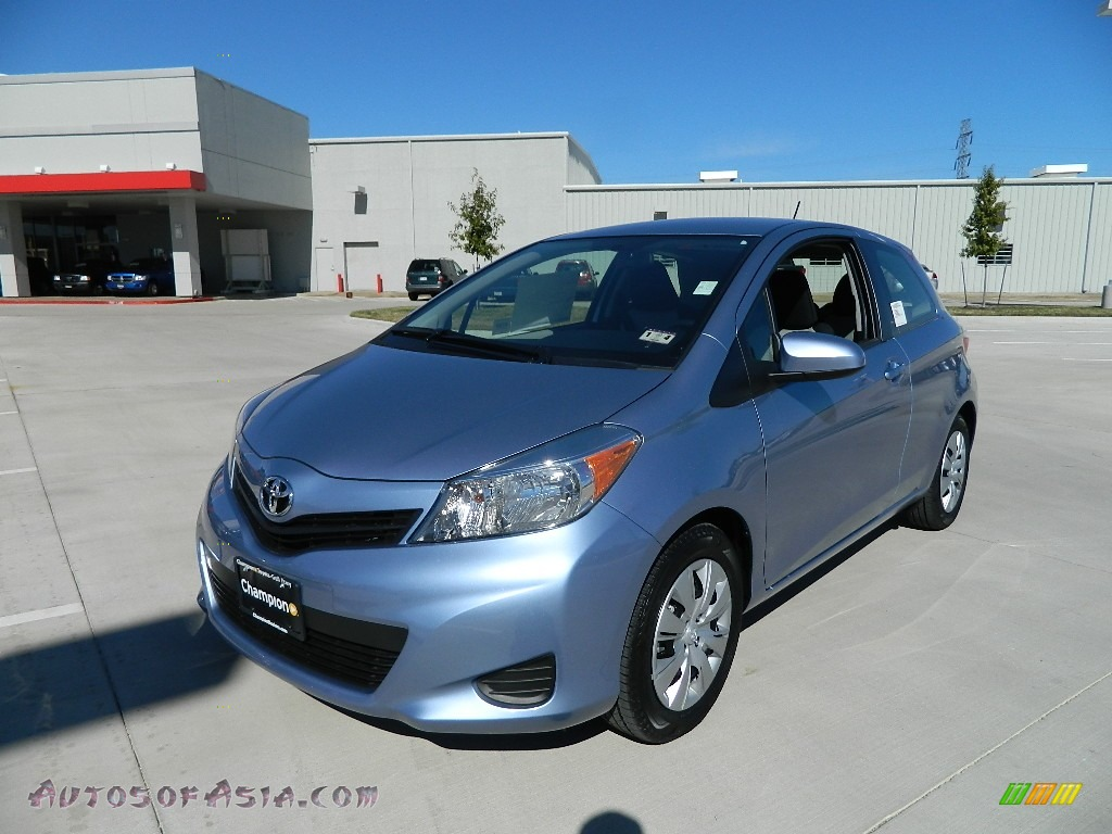 2012 toyota yaris le 3 door in wave line blue pearl 514132 autos of asia japanese and. Black Bedroom Furniture Sets. Home Design Ideas