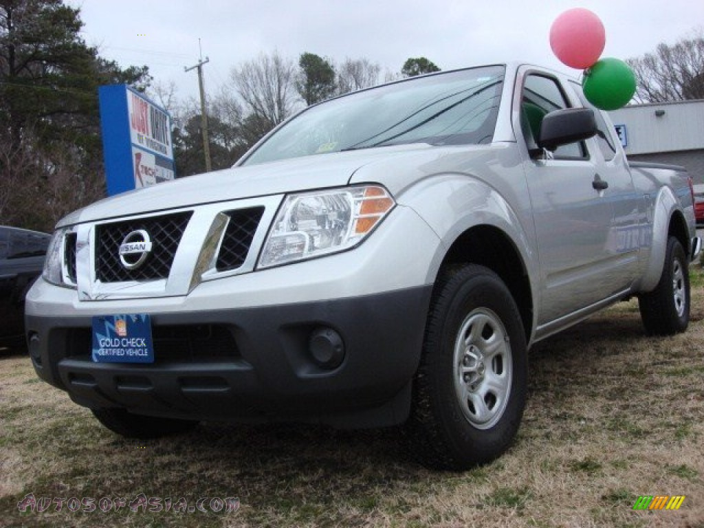 2009 nissan frontier xe king cab in radiant silver 418740 autos of asia japanese and. Black Bedroom Furniture Sets. Home Design Ideas