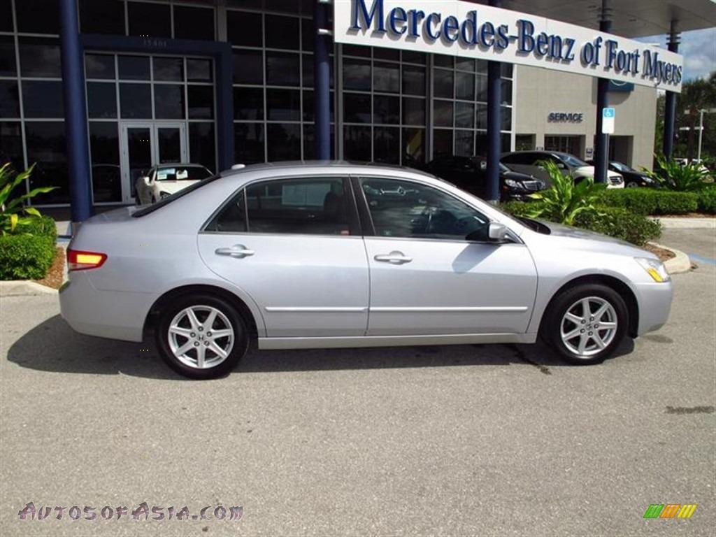2004 honda accord ex v6 sedan in satin silver metallic photo 2 071412 autos of asia. Black Bedroom Furniture Sets. Home Design Ideas