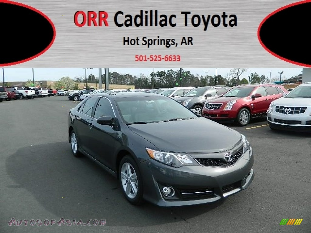 2012 toyota camry se in magnetic gray metallic 065575 autos of asia japanese and korean. Black Bedroom Furniture Sets. Home Design Ideas