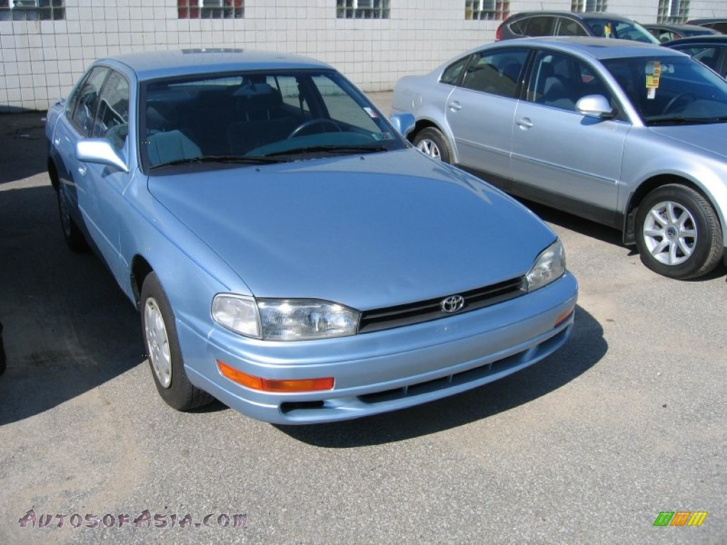 1992 Toyota Camry Le Sedan In Ice Blue Pearl 022606