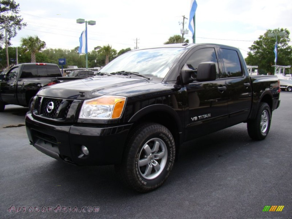 2010 nissan titan pro 4x crew cab 4x4 in galaxy black photo 4 322867 autos of asia. Black Bedroom Furniture Sets. Home Design Ideas