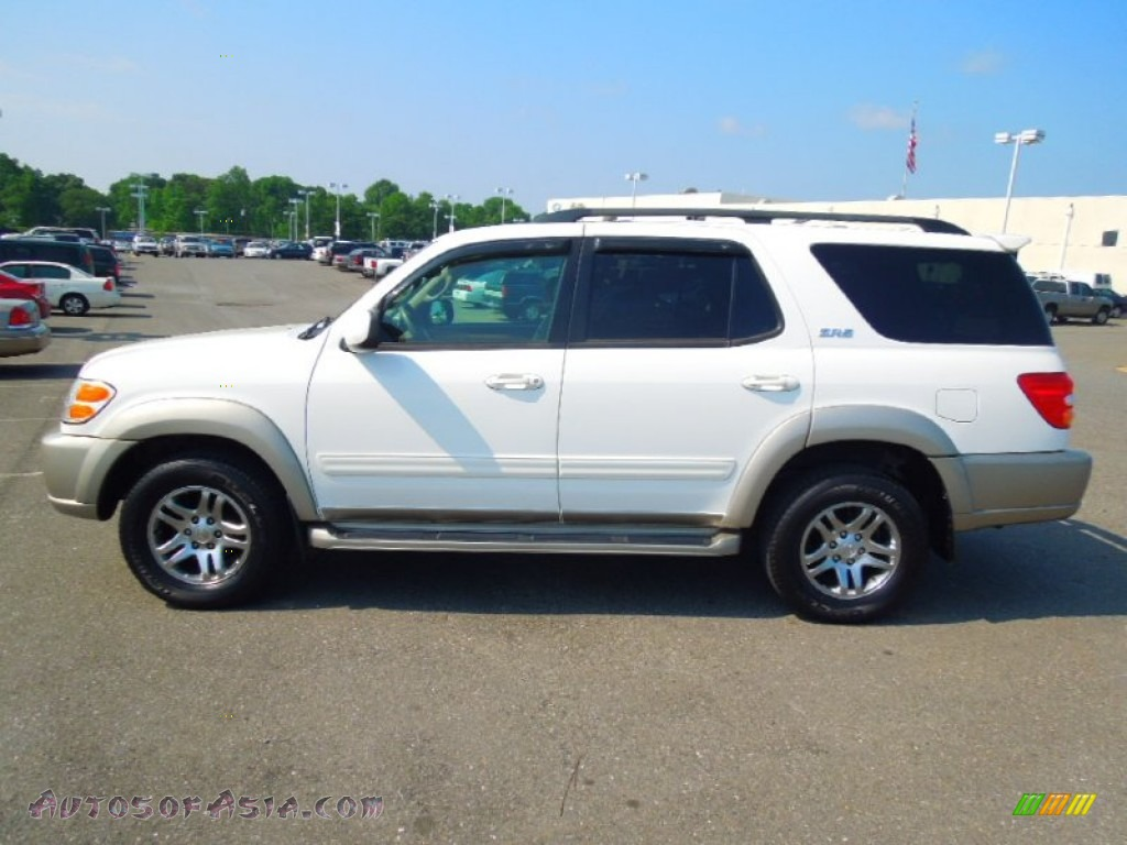 2004 toyota sequoia sr5 in natural white photo 4 230313 autos of asia japanese and korean. Black Bedroom Furniture Sets. Home Design Ideas