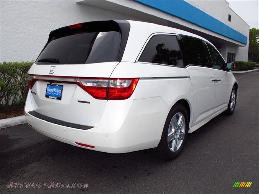 2012 Honda Odyssey Touring In White Diamond Pearl Photo 3 093946 Autos Of Asia Japanese