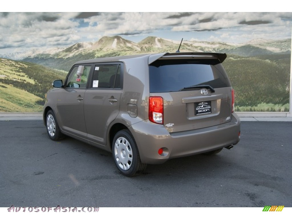 2012 scion xb in army rock metallic photo 3 013892. Black Bedroom Furniture Sets. Home Design Ideas