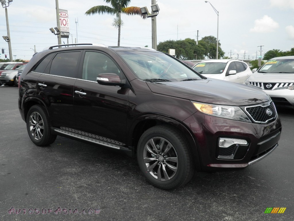 Dark Cherry / Black Kia Sorento SX V6
