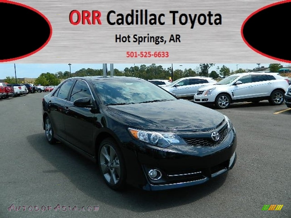 2012 toyota camry se v6 in attitude black metallic 013869 autos of asia japanese and. Black Bedroom Furniture Sets. Home Design Ideas