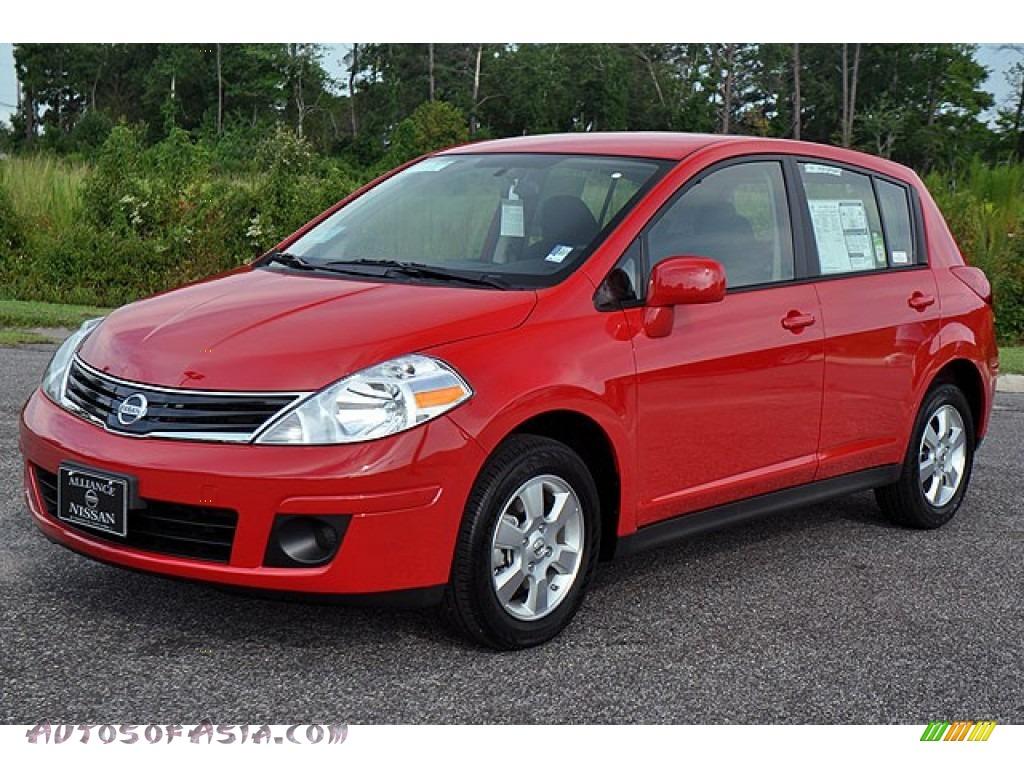 2012 nissan versa 1 8 s hatchback in red alert 290629 autos of asia japanese and korean. Black Bedroom Furniture Sets. Home Design Ideas