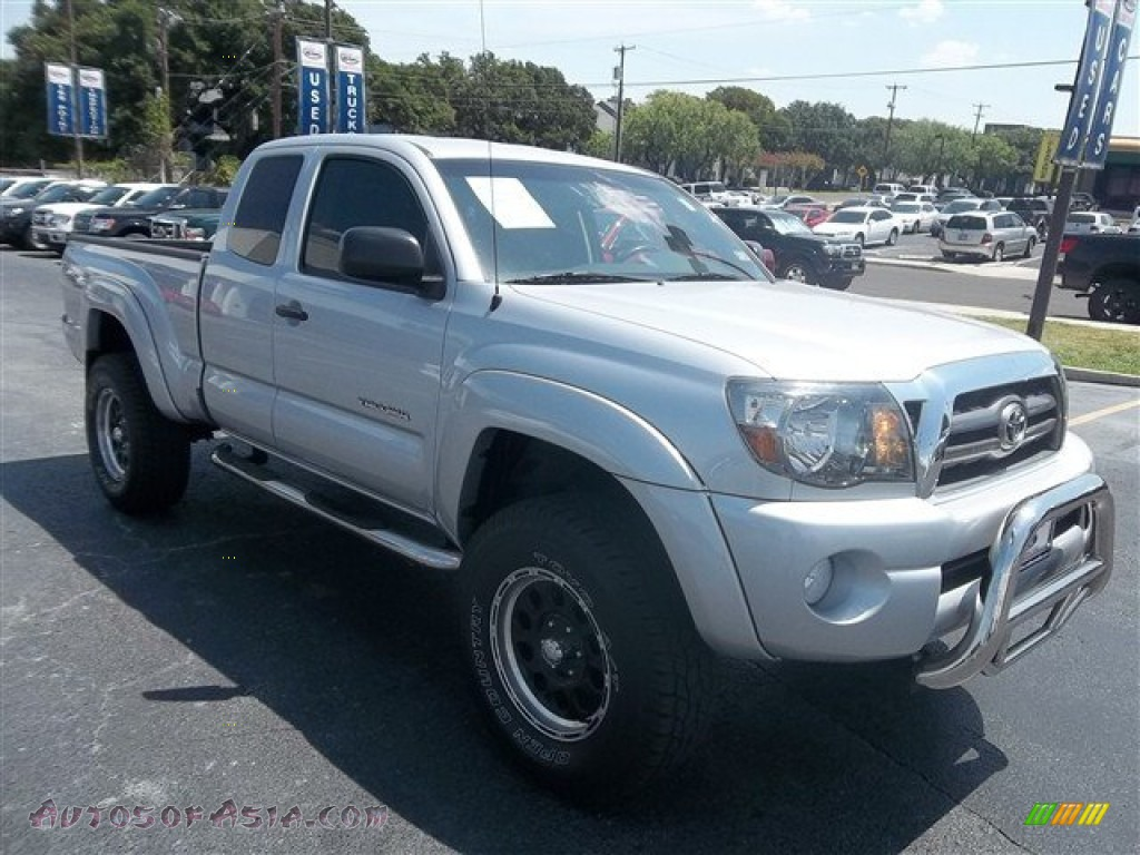 2010 toyota tacoma v6 prerunner trd access cab in silver streak mica 721692 autos of asia. Black Bedroom Furniture Sets. Home Design Ideas