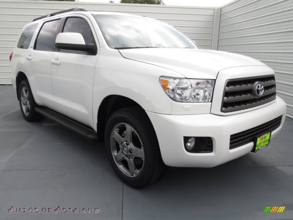 2012 toyota sequoia sr5 in super white 042707 autos of asia japanese and korean cars for. Black Bedroom Furniture Sets. Home Design Ideas